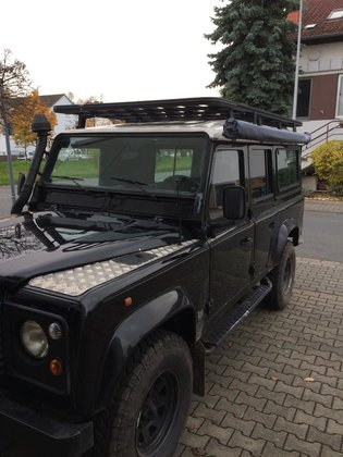 Land Rover Defender 110 roofrack - dakrek 285 X 148 cm. UPRACKS hoog model