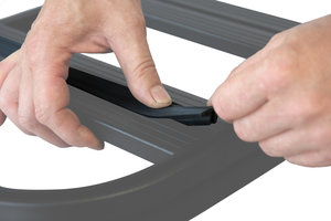 UPRACKS 63-A017 dakdrager T gleuf rubber profiel per meter (lengte richting)